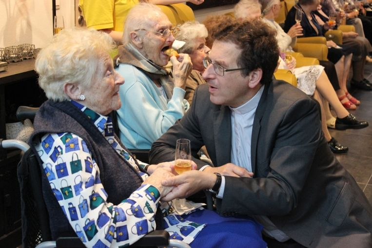 Zusters vieren 160ste verjaardag
