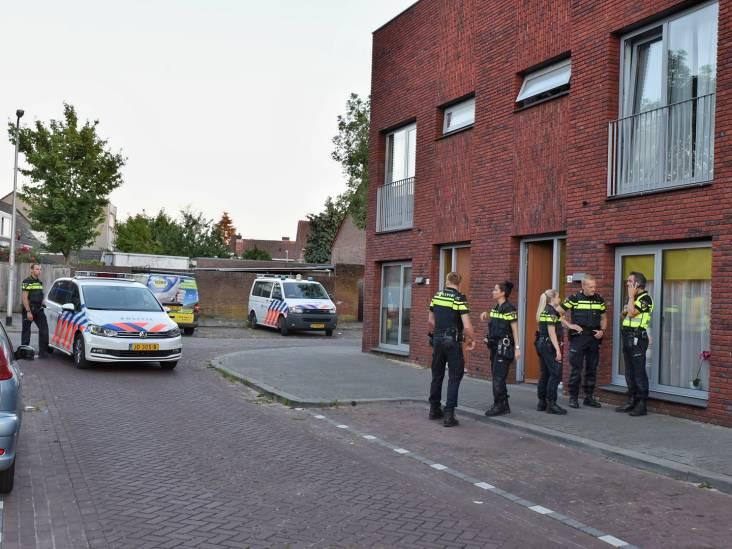Knallen gehoord in Den Haenstraat Tilburg, politie doet buurtonderzoek