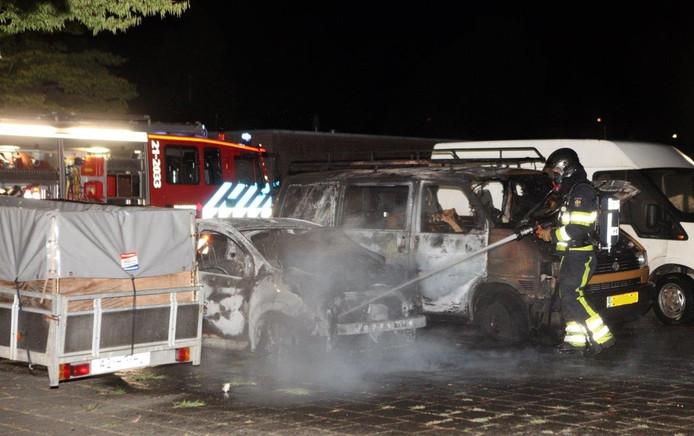 Auto's in brand in Den Bosch