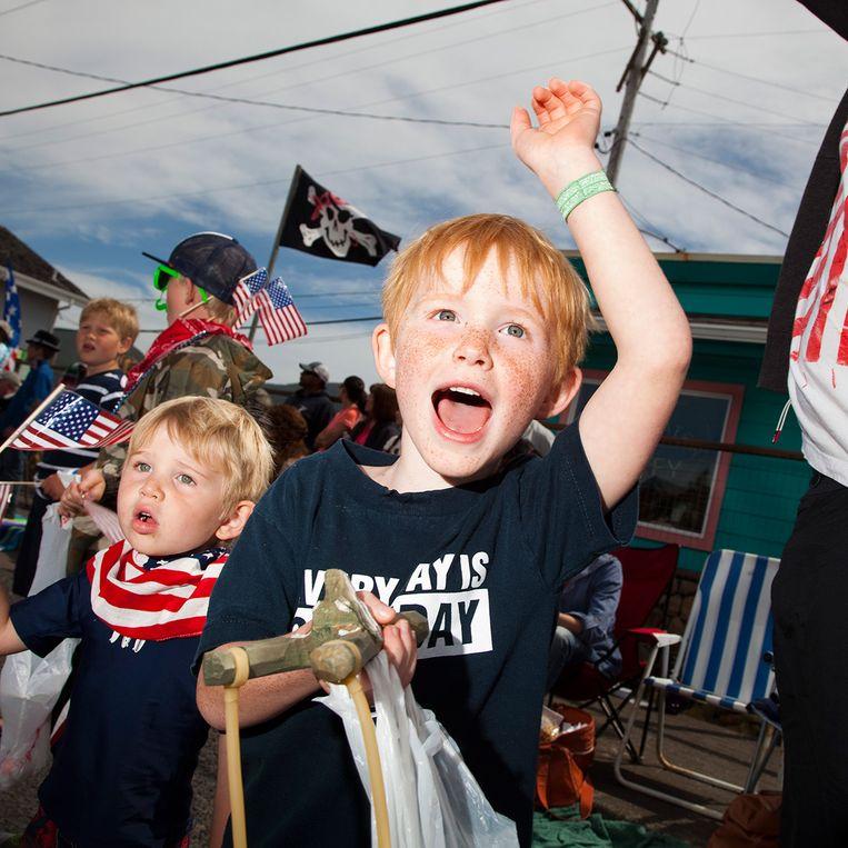 De Fourth of July-parade in Rockaway Beach, Oregon. Beeld Robbie McClaran