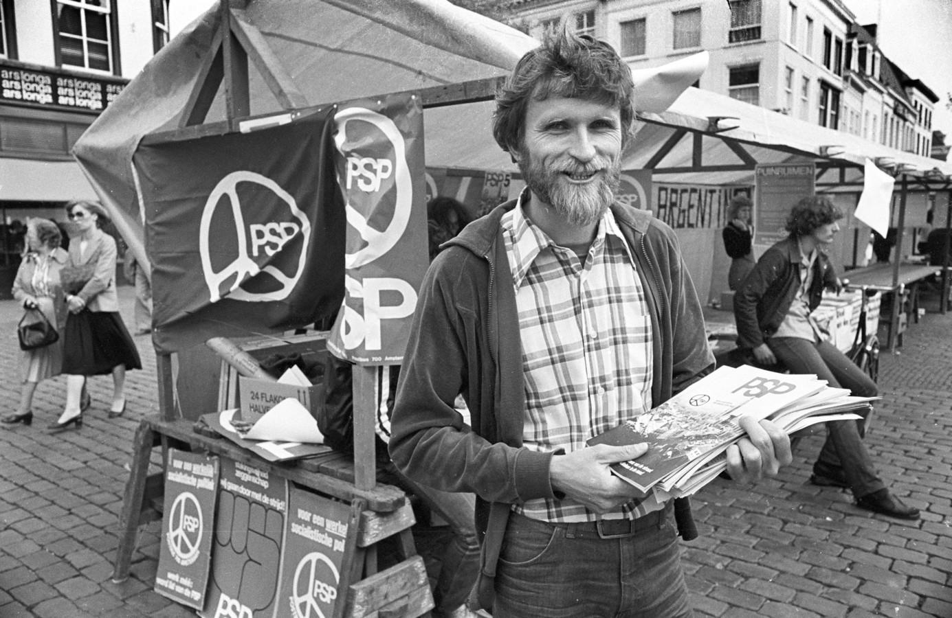 Lijsttrekken Nico Garritsen van de PSP, hij was van 1978 tot 1982 het eerste raadslid voor de PSP, van 1986 tot 1990 opnieuw voor dezelfde partij, van 1990 tot 1994 voor Groen Links.