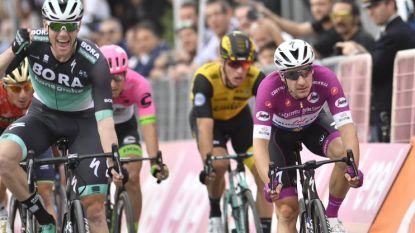 Geen derde Giro-triomf voor Viviani: Sam Bennett troeft Italiaan af in ware krachtmeting