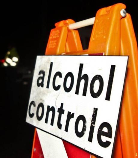 FNV boos over alcoholtest op het werk: 'borrelpraat'
