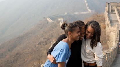 Drie wijze lessen die Michelle Obama haar dochters leert