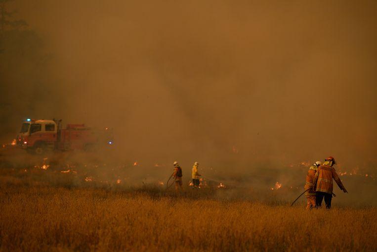 Brandweermannen in actie in New South Wales.
