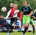 Noa Lang als Feyenoorder in duel met Matthijs de Ligt bij Feyenoord-Ajax Onder 14. Vlak daarna stapte Lang over naar Ajax.