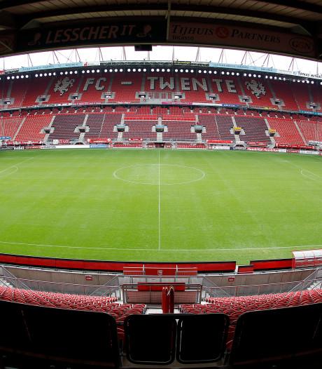 Ook zonder publiek is het nog druk bij een wedstrijd van FC Twente