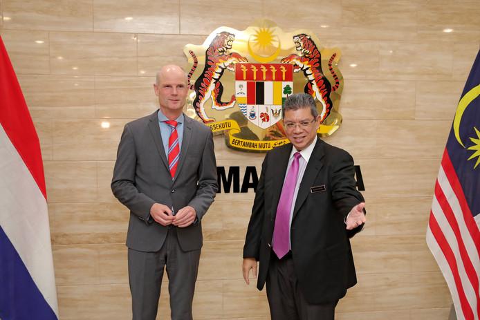 Archiefbeeld: Stef Blok samen met minister Saifuddin