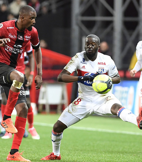 Lyon profiteert van puntverlies AS Monaco
