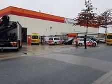 Man gewond na ernstig bedrijfsongeval bij Orion Beton in Enschede