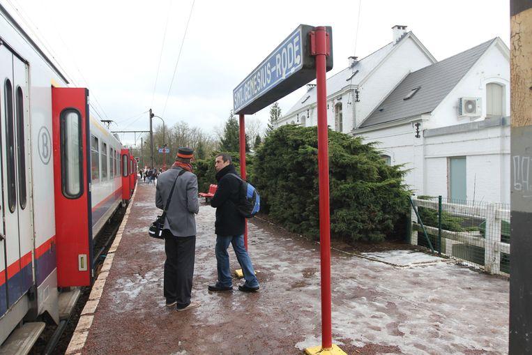 Wie vanuit Brussel naar Sint-Genesius-Rode reist, moet op weekdagen al om 22.17 uur op de laatste trein stappen.