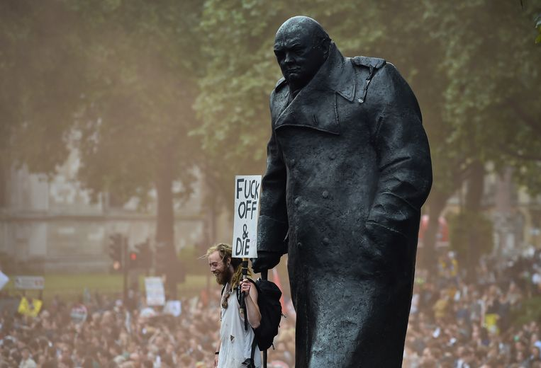 Standbeeld Churchill in Londen Beeld afp