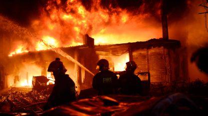 Minstens 69 doden bij gigantische brand in hoofdstad Bangladesh