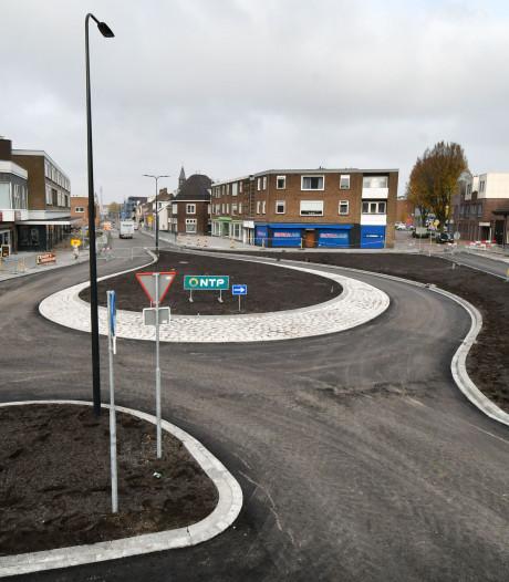 Nog twee weken omrijden, daarna is de nieuwe Raiffeissenstraat in Enschede open