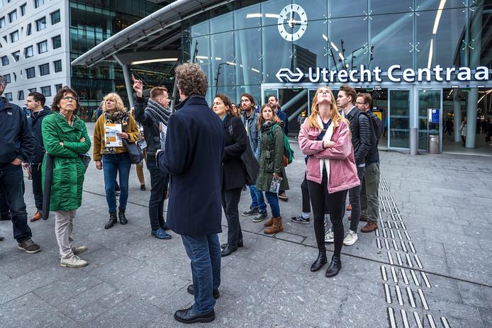 Dag van de duurzaamheid: duurzame wandeling met de Green Business Club door het Stationsgebied.