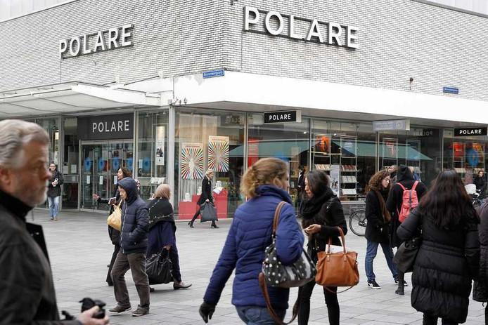 De boekhandel van Polare op het Lijnbaanplein in Rotterdam.