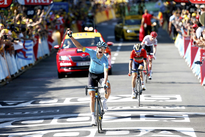 De Deen Magnus Cort Nielsen won de etappe van Millau naar Carcassonne. De renner van Astana versloeg in de sprint zijn medevluchters, de Spanjaard Ion Izagirre en Bauke Mollema.