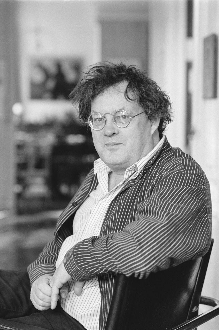 Documentairemaker en regisseur Kees Hin in zijn huis in Amsterdam (1994). Beeld Hollandse Hoogte / ANP