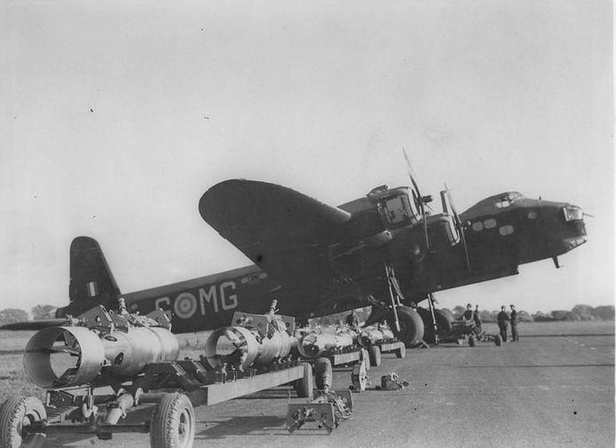 Short Stirling Mk I MG-M bommenwerper.