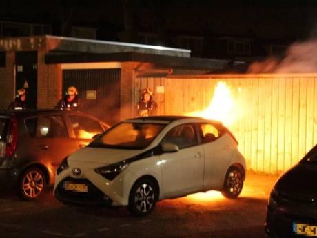 Voor tiende keer dit jaar raak in Waddinxveen: ditmaal autobrand aan Groensvoorde