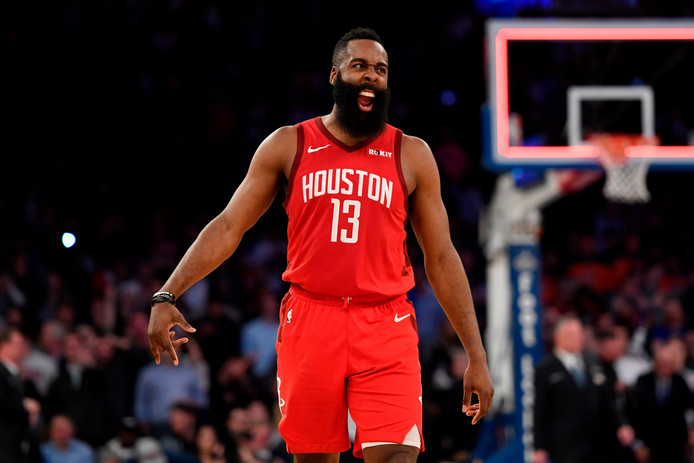 James Harden viert de overwinning in de Madison Square Garden.