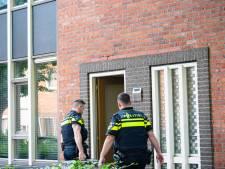 Politie doorzoekt Tilburgse woning in kader van drugsonderzoek en houdt bewoners aan