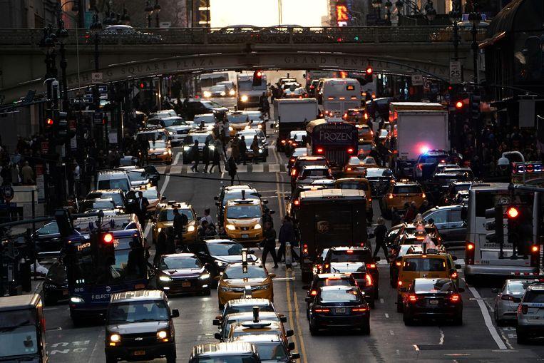 Verkeersdrukte in Manhattan, New York. Beeld REUTERS