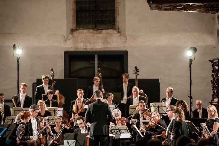 Op 8 maart treedt het internationaal gerenommeerde projectorkest Anima Eterna Brugge op in de Begijnhofkerk in Sint-Truiden.