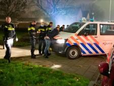 Twaalf aanhoudingen bij rellen op Urk: 'Levensgevaarlijk vuurwerk gebruikt'