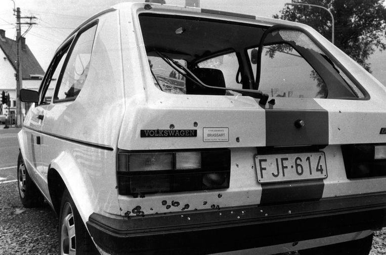 Op 17 september 1983 werd 's nachts op de parking van de Colruyt in Nijvel een tankend echtpaar doodgeschoten. Bij de daaropvolgende achtervolging kwam deze politiewagen in een spervuur terecht. Bij de raid kwam ook een agent om het leven, sindsdien heeft men het over 'de Bende van Nijvel'.