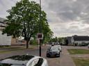 Een van de displays aan de Sprengenweg in Apeldoorn geeft de snelheid aan van een auto die er aan komt rijden.