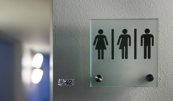 Genderneutraliteit: overdreven gedoe of heilzame ontwikkeling?