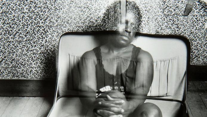 Kunstenaar Hélène Akouavi Amouzou maakte deze foto op het moment dat zij illegaal in België verbleef.