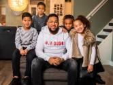 Van alleenstaande vader naar 'de man van die donatie': hoe gaat het nu met Papa Jay?