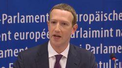 """Facebook-baas Zuckerberg fietst om meest kritische vragen heen in Europees parlement: """"Veel rond de pot gedraaid"""""""