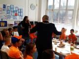 Burgemeester Jan van Zanen opent Koningsspelen, zonder dansje