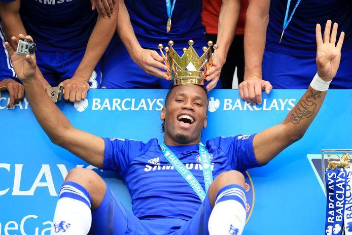 Didier Drogba na het winnen van de Premier League met Chelsea in 2015.