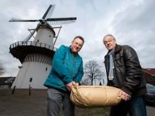 Molen De Hoop draait overuren: Zoetermeerders slaan massaal meel in