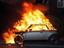 Politie vermoedt brandstichting bij autobrand in Klundert