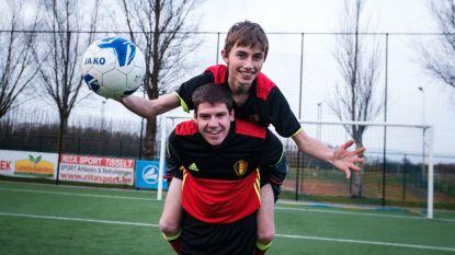 """G-voetballers Jitse (22) en Glenn (19) zijn opgeroepen voor nationale ploeg: """"In de voetsporen treden van Romelu Lukaku en Eden Hazard"""""""