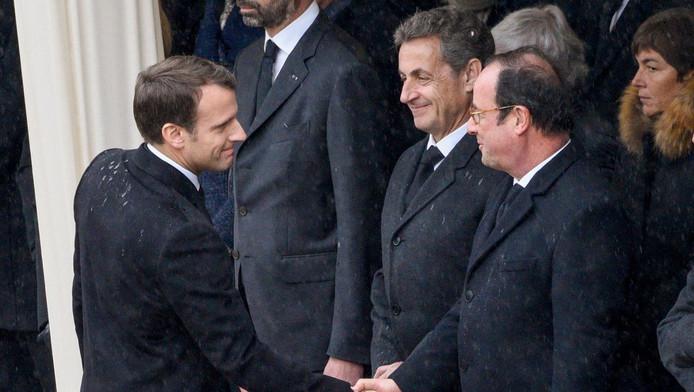 Emmanuel Macron avec ses deux prédécesseurs Nicolas Sarkozy et François Hollande.