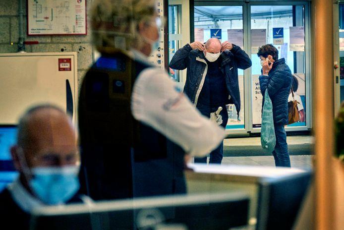 Het Albert Schweitzer ziekenhuis in Dordrecht had al een mondkapjesplicht.