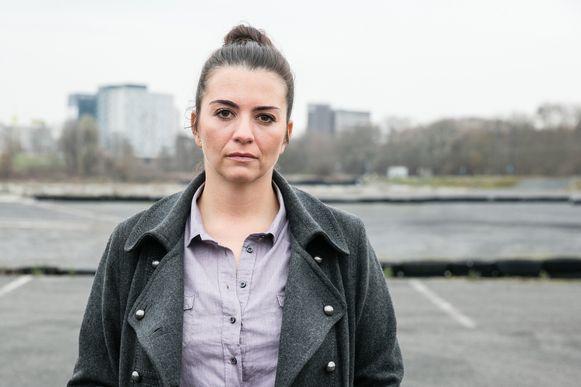 Echte Verhalen : De buurtpolitie ; seizoen 5 vanaf maandag 7 maart 2016 bij VTM. Op de foto: Ilse La Monaca (Brigitte Broeckx) Ilse La Monaca - Brigitte uit 'De Buurtpolitie'