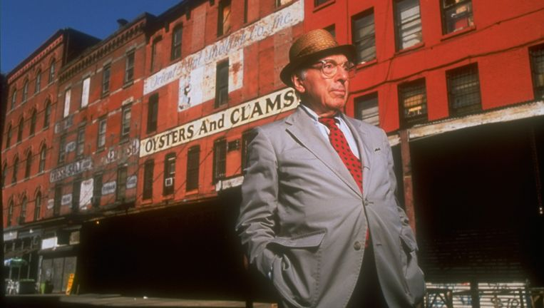 Joseph Mitchell (1908-1996), was reporter van The New Yorker. Beeld getty