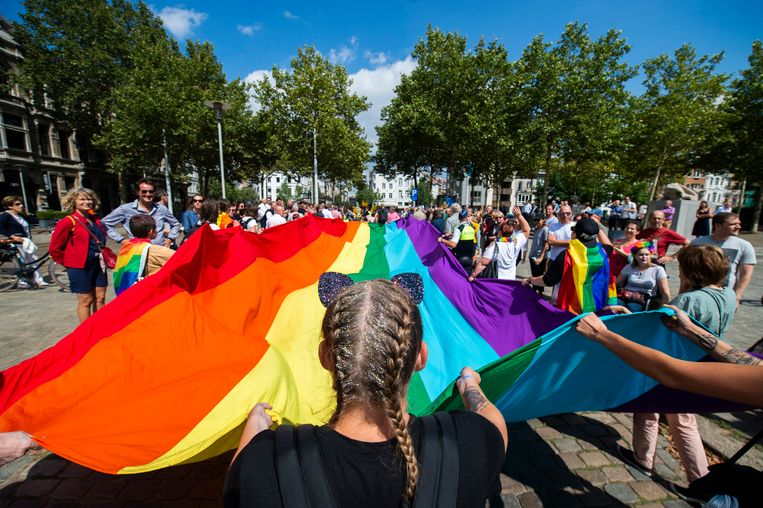 11082018 Antwerpen pride De Antwerp Pride 2018 trekt door de straten in Antwerpen