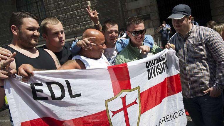 De zes terroristen, variërend in leeftijd van 19 tot 31 jaar, wilden de bijeenkomst van nationalisten van de anti-islambeweging EDL aanvallen met bommen, vuurwapens en messen. Beeld afp