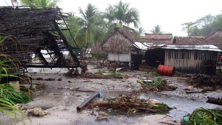 De verwoesing van cycloon Pam op het eiland Kiribati. Beeld getty