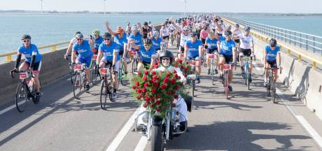 Ride for the Roses is gedeeld verdriet en een arm om je heen