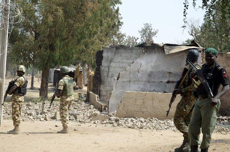 Huis dat verbrandde na aanval van Boko Haram Beeld anp