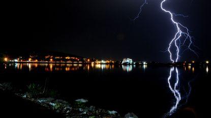 Record van meer dan 36.000 blikseminslagen in 13 uur tijd kost leven aan negen mensen in Indiase deelstaat